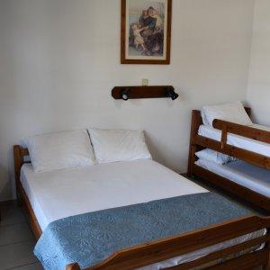 4 bed studio